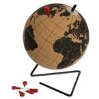 Globe terrestre en liège avec 6 pins